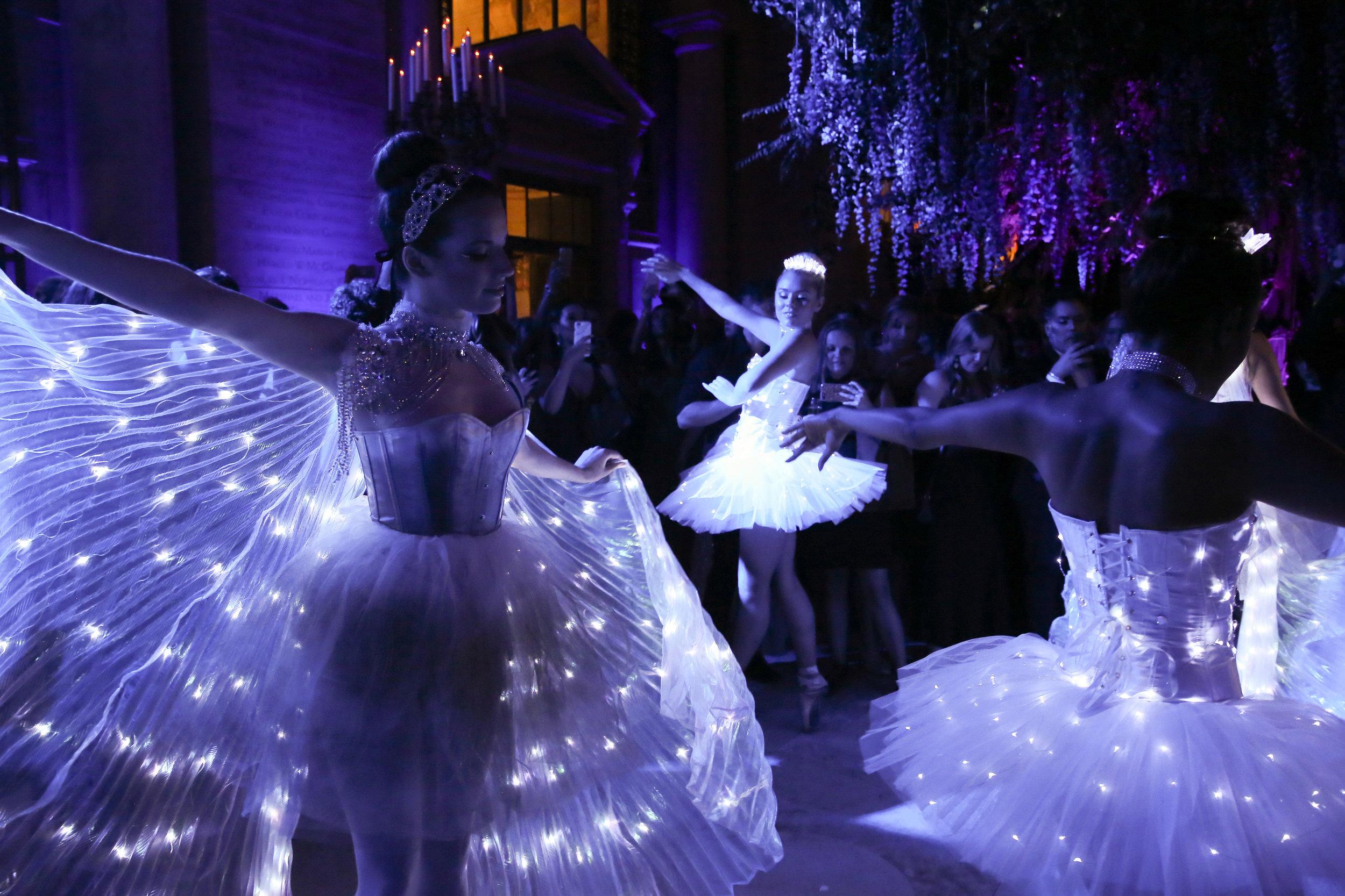 LED Winter Holiday Ballerinas