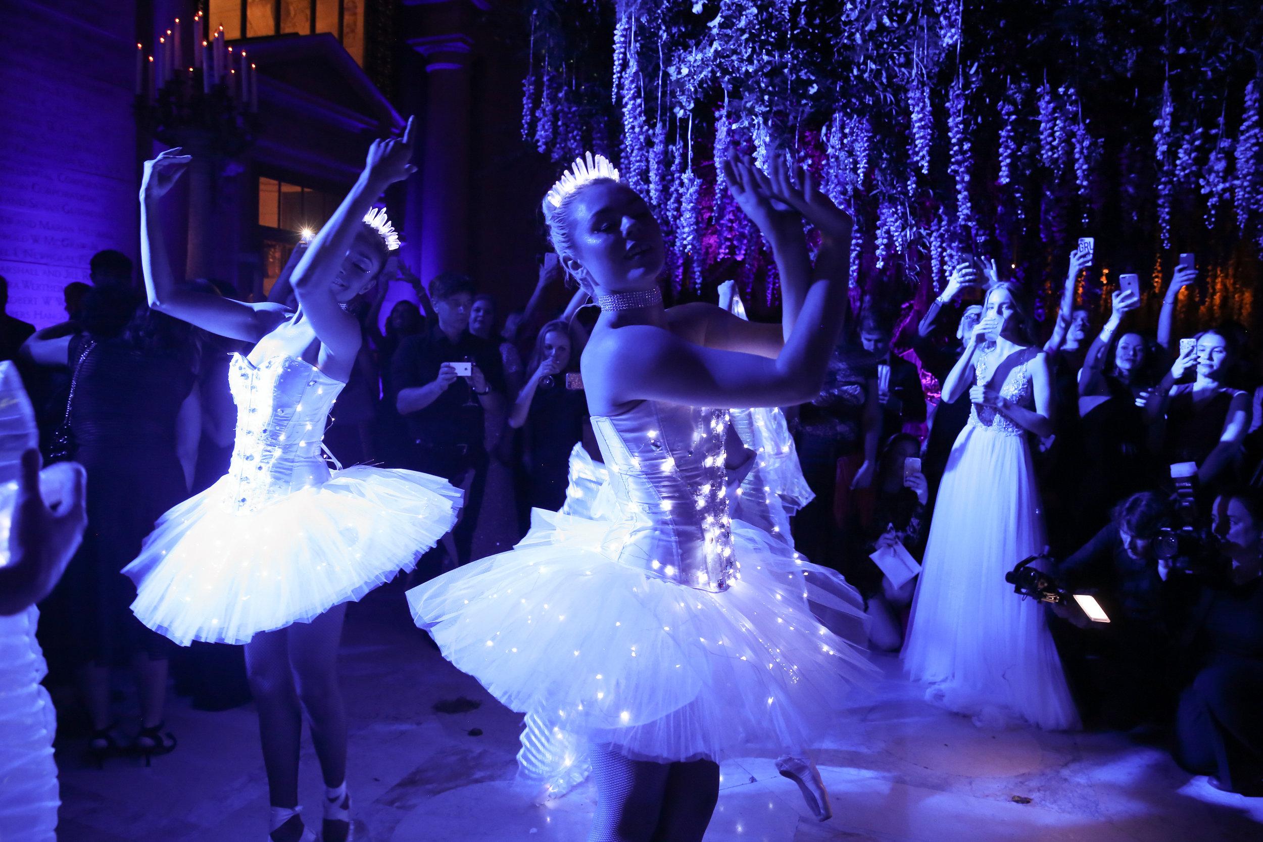 Illuminated Ballerinas