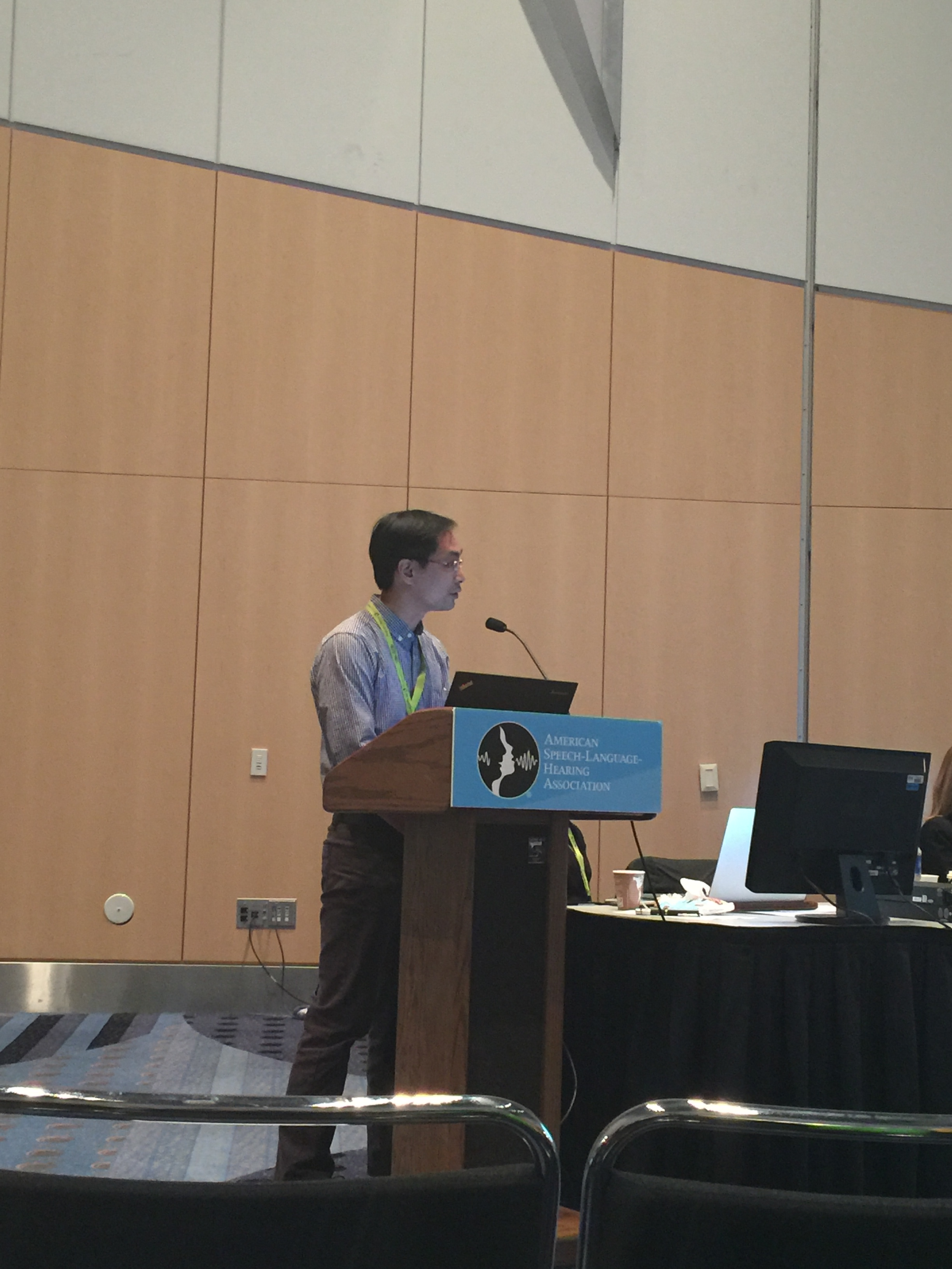 Dr. Ho Ming Chow at ASHA 2015 presenting a talk selected as a Trailblazer session titled  Brain function and anatomy in children who stutter: Insights from pediatric neuroimaging studies .