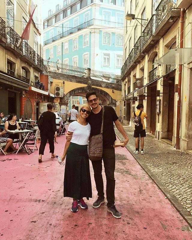 Recorrer el mundo contigo meu amor #Lisboa que a vida e bonita e bonita #tantoqueteamo #portugal🇵🇹 #dameunbesitoentodaslascallesestrechas