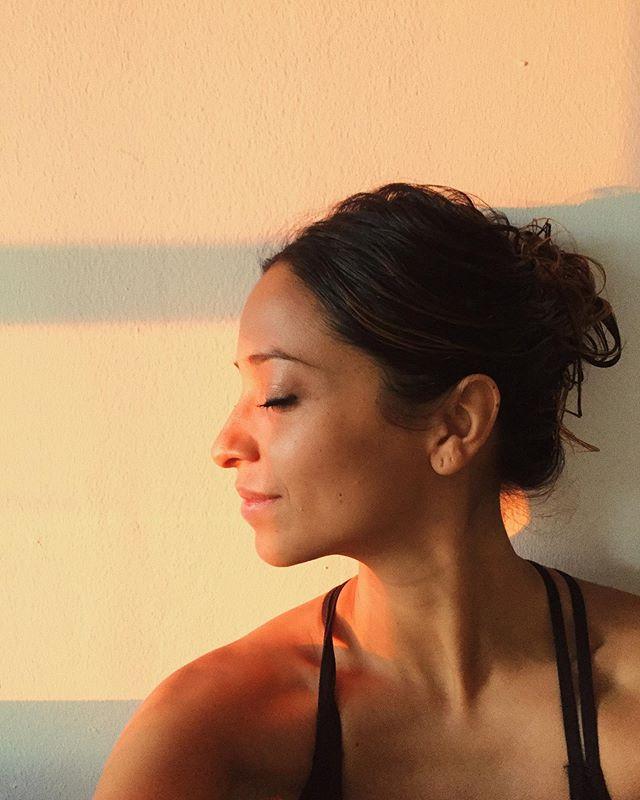 Luz 🦋🌈 #sunnyside #luzdemiventana #atardeceresdeotoño🍂🍁