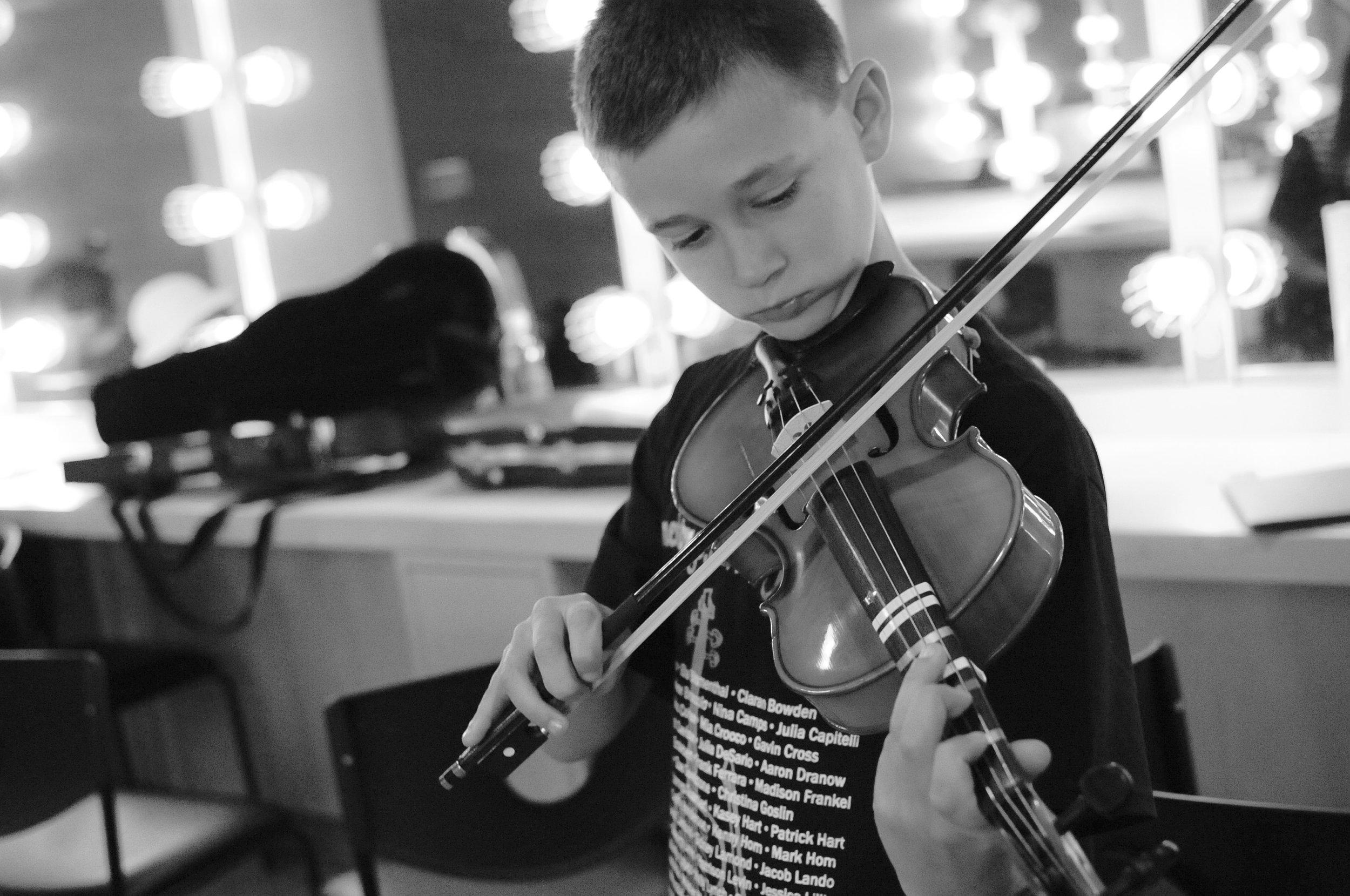 Fiddle solo!