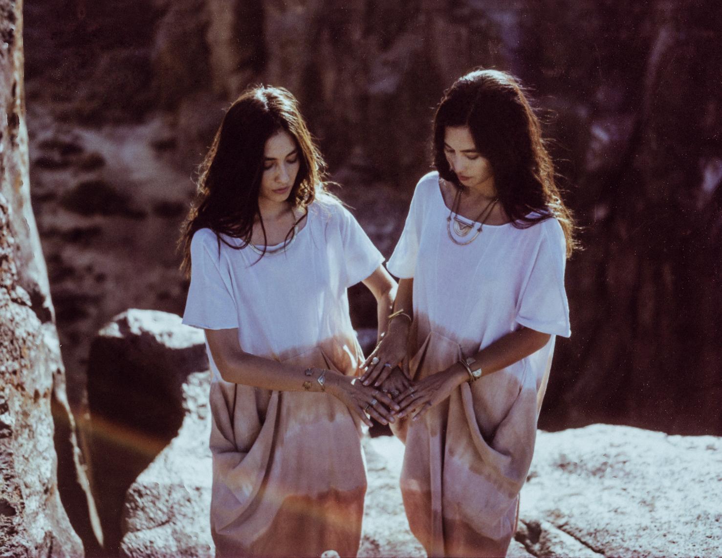 4 - Mesa Caftan - Prism Of Threads.jpg