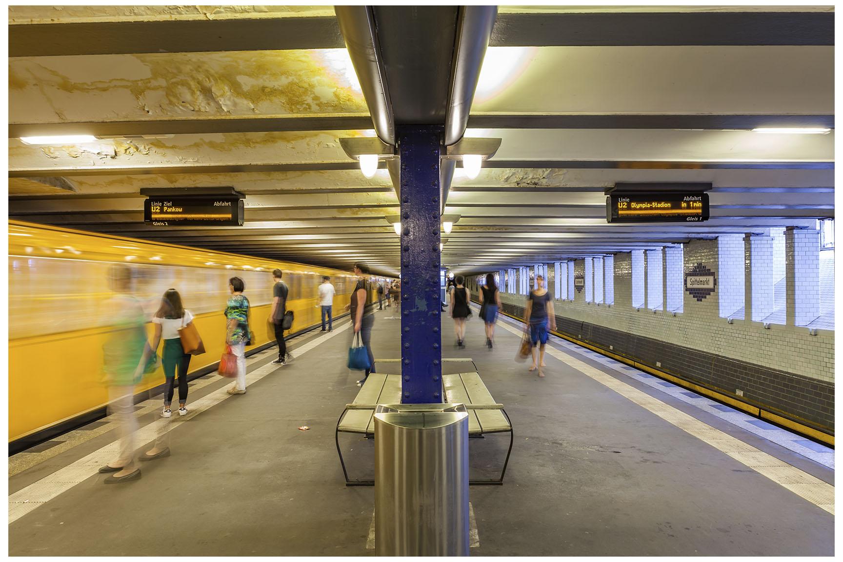 Berlin U-Bahn 3.jpg