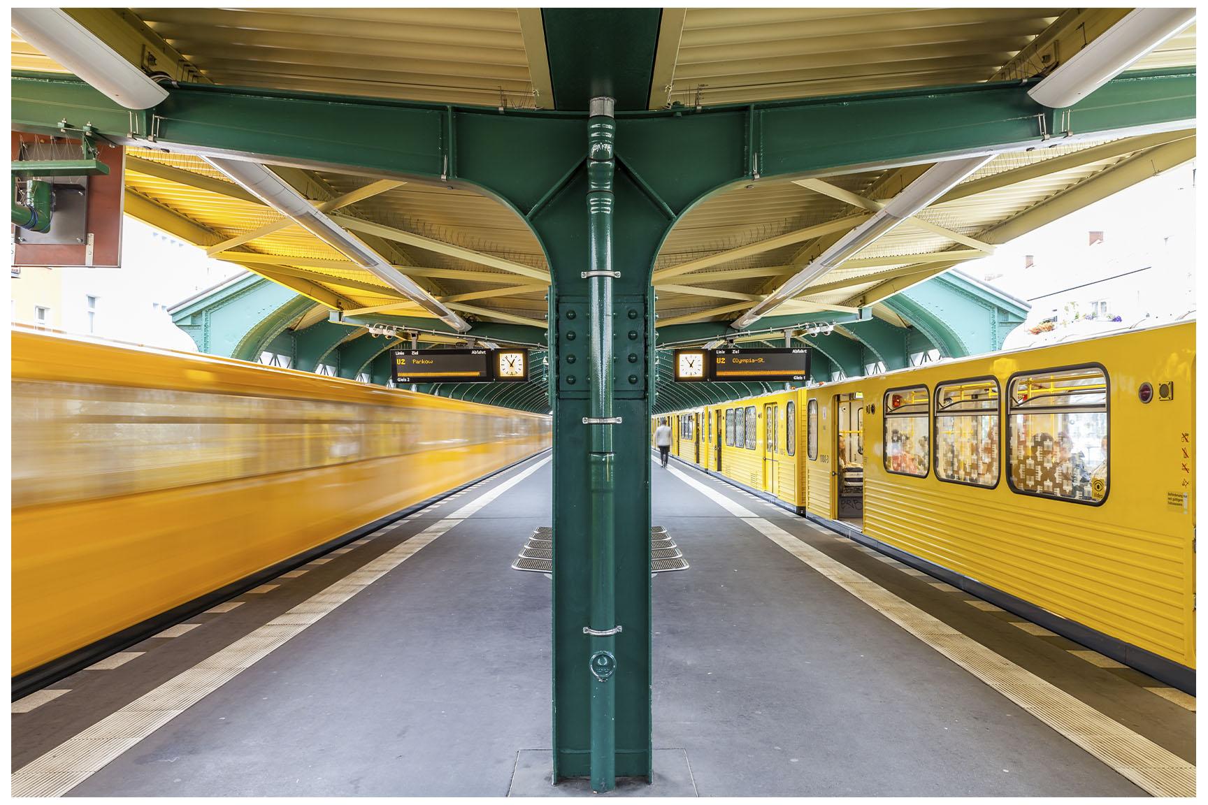 Berlin U-Bahn 4.jpg