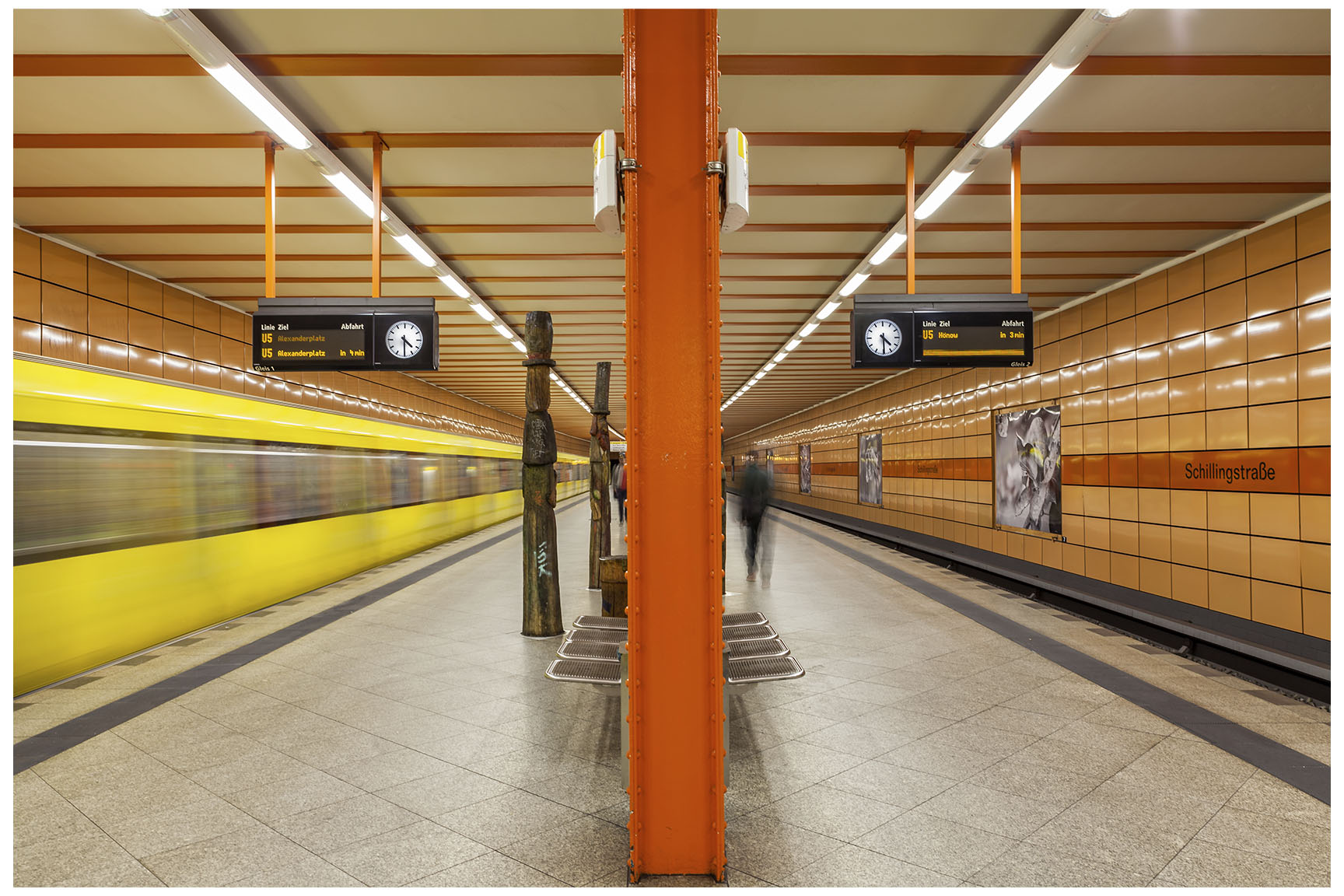 Berlin U-Bahn 5.jpg