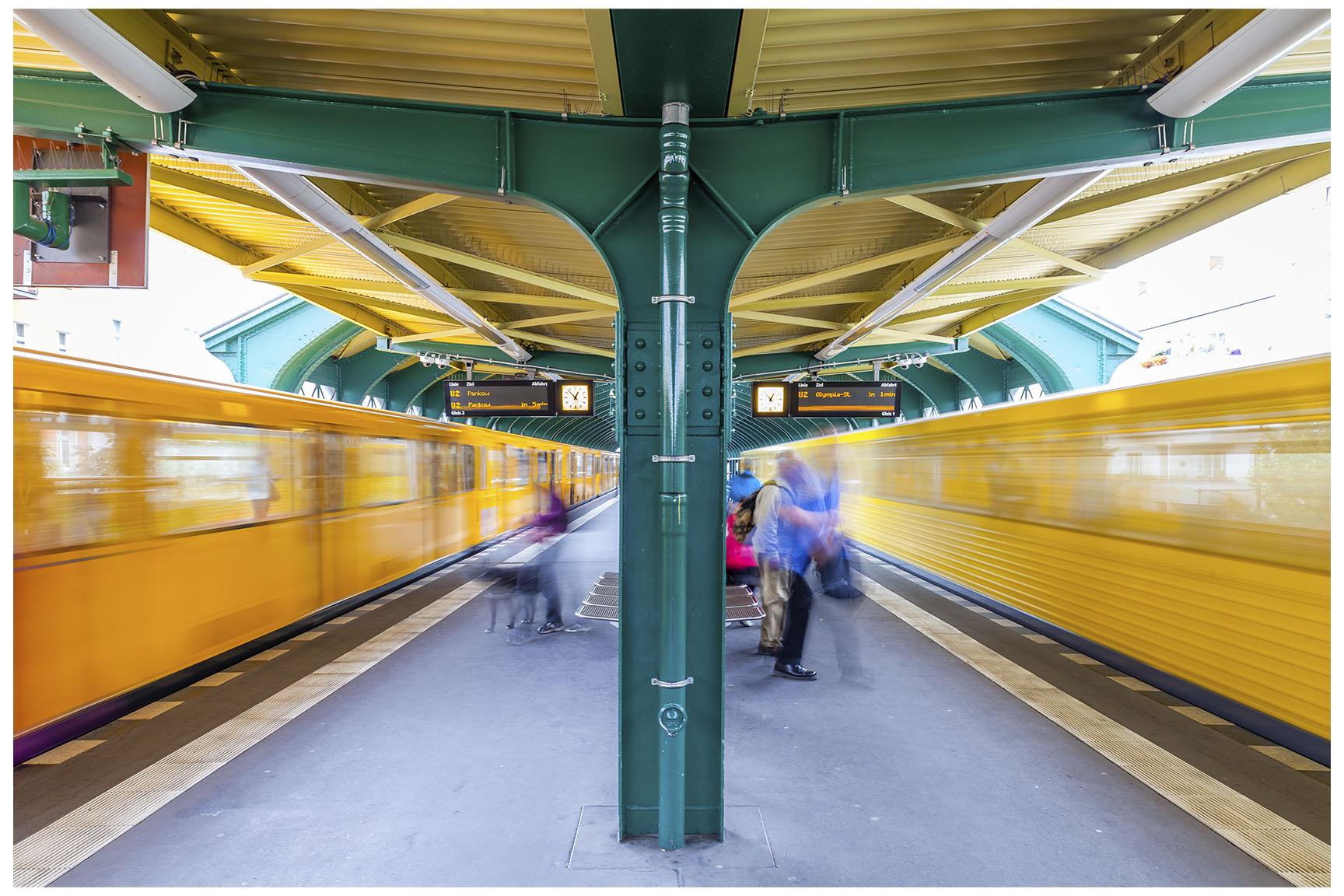Berlin U-Bahn 7.jpg