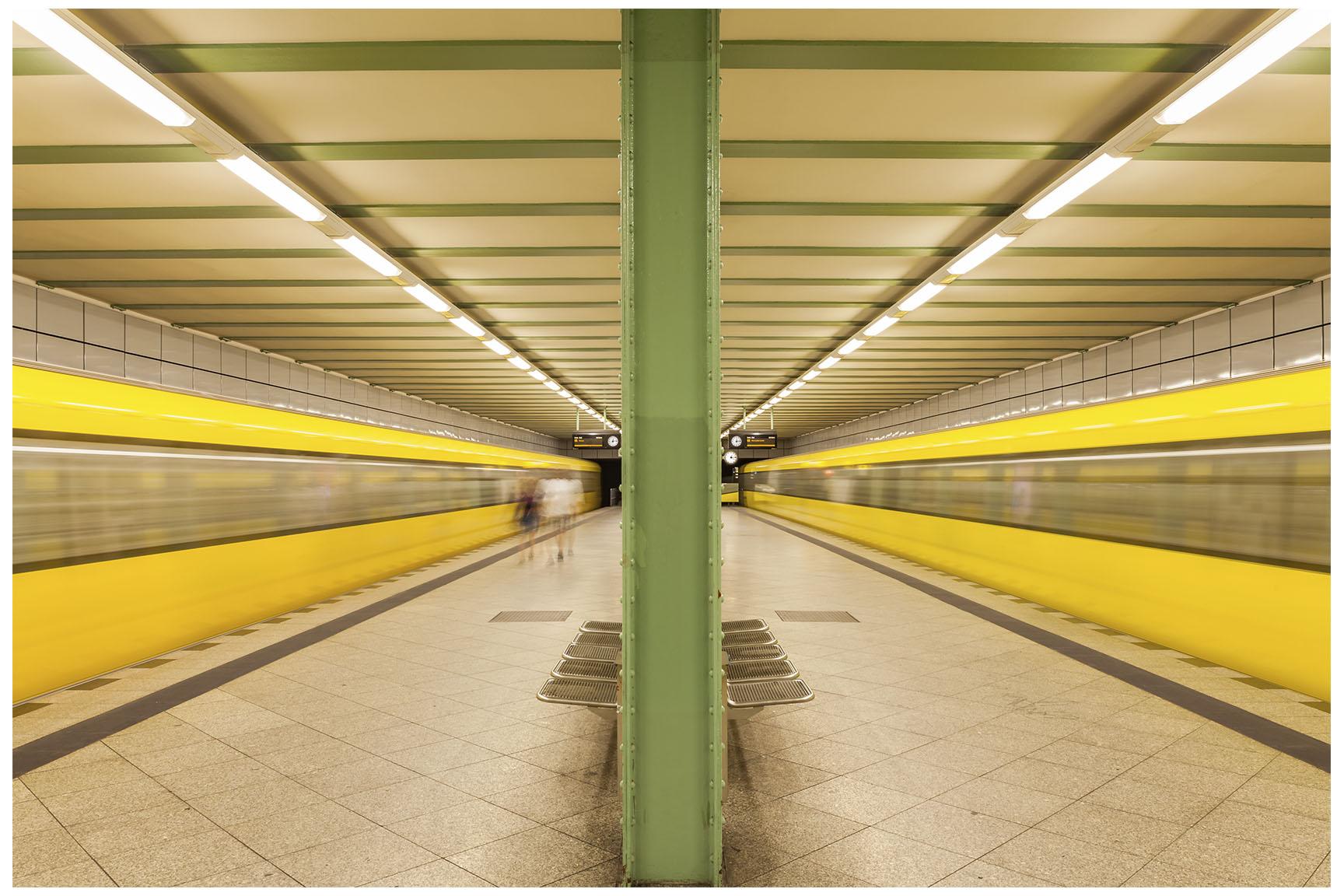 Berlin U-Bahn 1.jpg