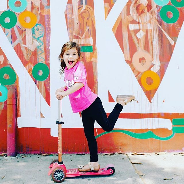 WIN A MICRO KICKBOARD SCOOTER! 🛴🛴🛴 When you buy a KidsQuad wristband online, you will be entered to win a Micro Kickboard Scooter.  We will raffle off FOUR Micro Kickboard Scooters for those that purchase a wristband during the KidsQuad pre-sale. Good for kids ages 2-5! Visit our website for pre-sale details, link in bio. #kickboardscooter #giveaway #scooter #akf2019 #kidsquad #abbotkinneyfestival