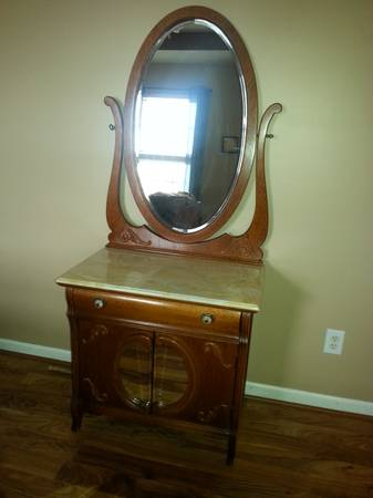 Marble Top Entry Table $75  - This is a great deal.