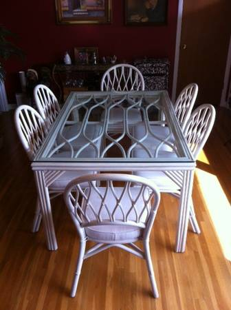 Bamboo Dining set $100