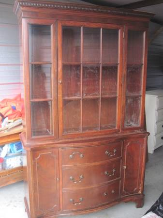 China Cabinet $250  - I think this is a nice big piece, although it needs a little work and some paint, sounds like they are anxious to get rid of it so I'm guessing they'd take a lower offer.
