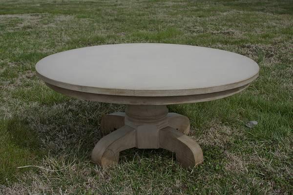 Pedestal Coffee Table $60