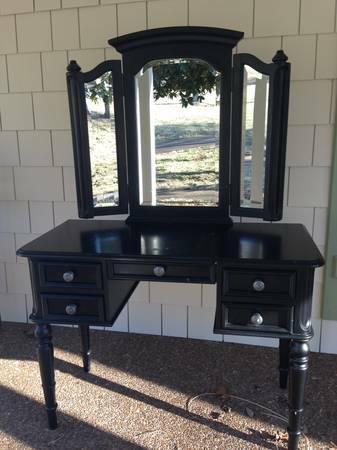 Vanity $75