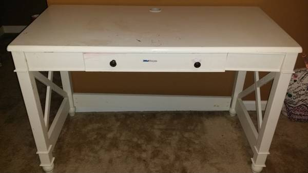 White Desk $10  - This desk needs a little tlc but for $10 its a great price and a cute desk.