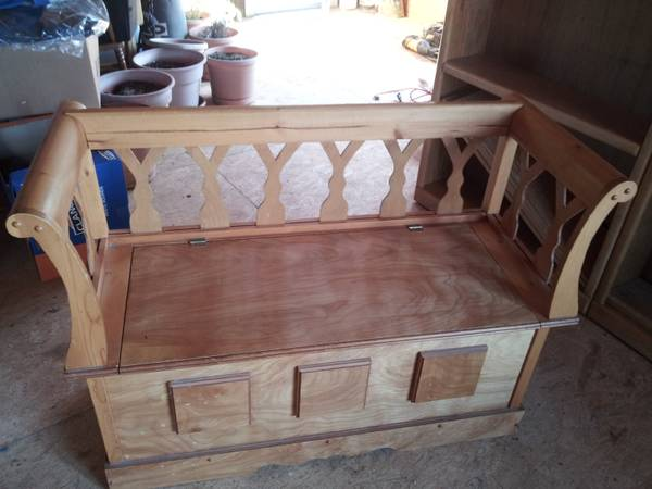 Bench with Storage $5 0 - Great price!