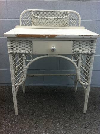 Vintage Wicker Writing Desk $75  - Cute little desk, just needs a fresh coat of paint.