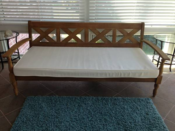 World Market Daybed/Couch $225