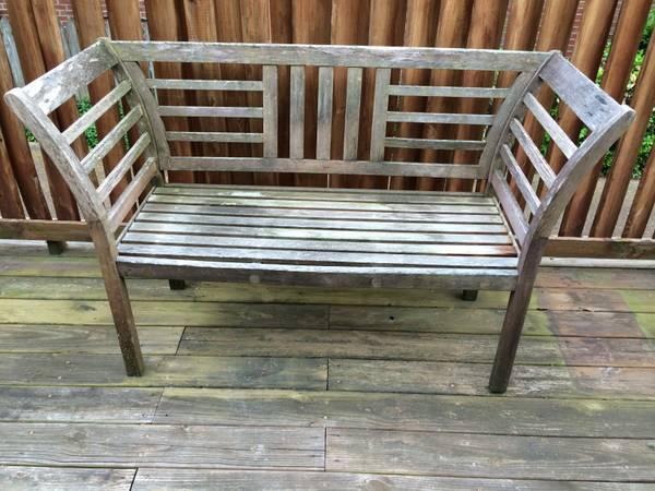 Outdoor Bench $25