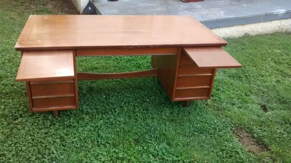Mid Century Desk $25 - For $25 this is a steal and looks like a huge desk. It might need a coat of paint but has a lot of potential and for $25 you can't go wrong.