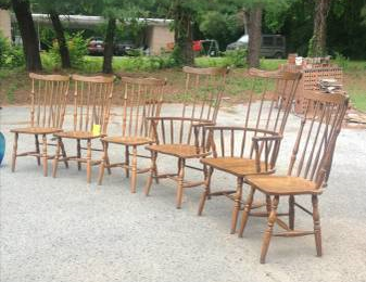 Set of 6 Kitchen Chairs $30  - This is a great price and would look good with a coat of paint.