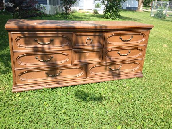 Dresser with Mirror $35  - This is a great deal and this dresser would look really good painted (in Portland, TN).