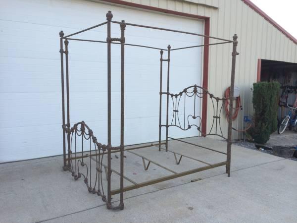 Queen Iron Bed $250