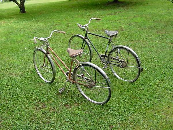 Antique Pair of Schwinn Bicycles from 1964 $125  - I love this pair of bikes, they would need a bit of work to be ridden but would also look great hanging on the wall.