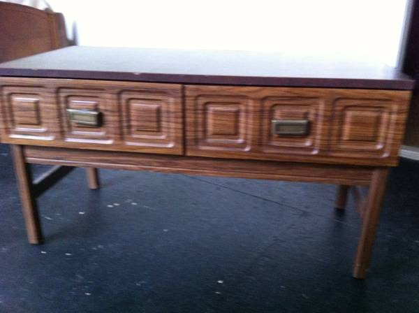 Sideboard/Table $20  - I like the detailing on this piece, I think it would look really nice painted and in an entry way.