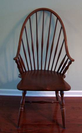 Set of 6 Dining Chairs $250  - These are classic chairs, this set comes with 2 arm chairs and 4 regular chairs.