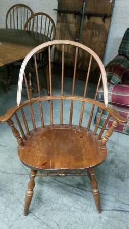 Antique Windsor Dining Set $100  - This is a steal...6 chairs and table with 3 leaves.