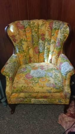 Vintage Floral Chair     $45