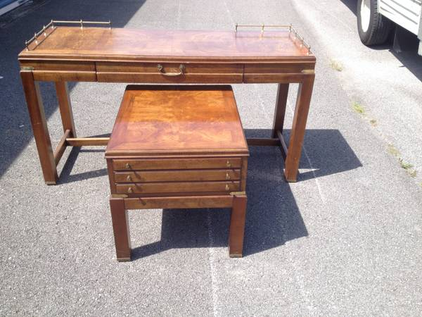 Lane Sofa and End Table     $125     View on Craigslist