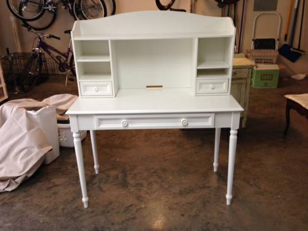 Desk with Hutch     $50     View on Craigslist