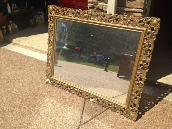 Vintage Mirror     $15     View on Craigslist