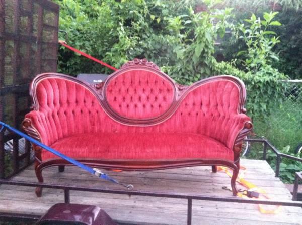 Victorian Sofa     $200     View on Craigslist