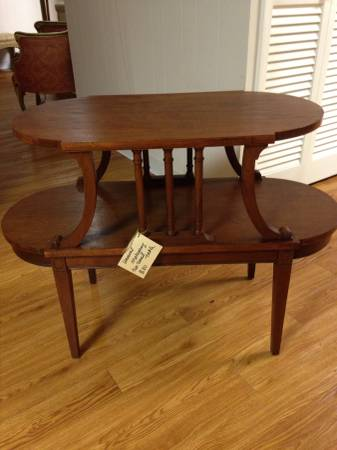 Two-Tiered Accent Table     $80     View on Craigslist