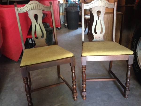 Pair of Chairs     $15   These would be a good project pair - just need some paint and new fabric.    View on Craigslist