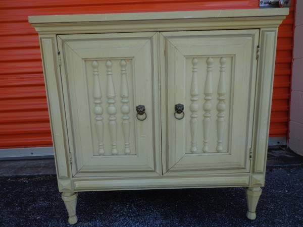 End Table/Nightstand     $75     View on Craigslist
