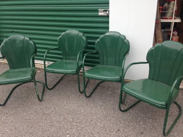 Vintage Metal Patio Chairs     $160     View on Craigslist