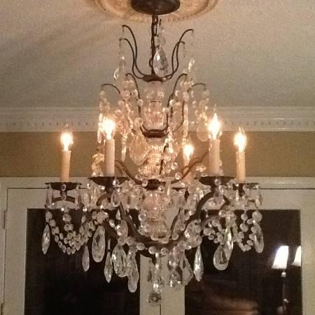 Crystal Chandelier     $95     View on Craigslist