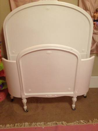 Antique Twin Bed     $300     View on Craigslist