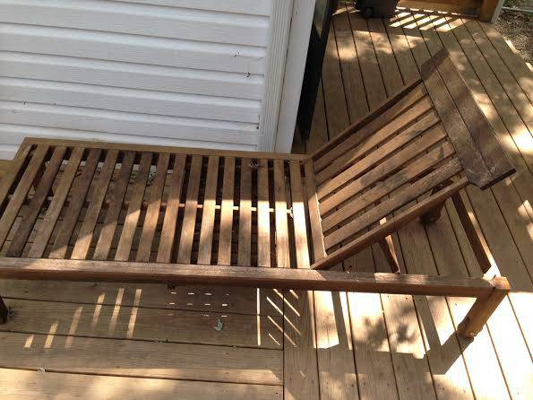 Wood Lounge Chair     $50     View on Craigslist