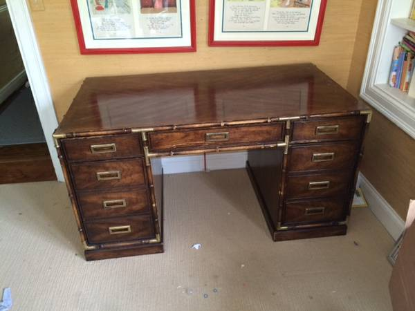 Bamboo Desk     $249   I love this desk and think it would nice refinished or painted.    See on Pinterest      View on Craigslist