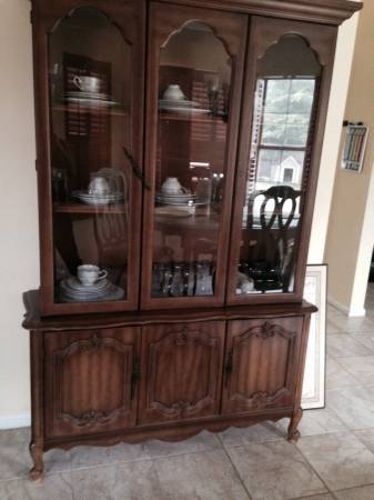 China Cabinet     $100     View on Craigslist