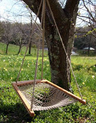 Hanging Hammock Chair     $65     View on Craigslist
