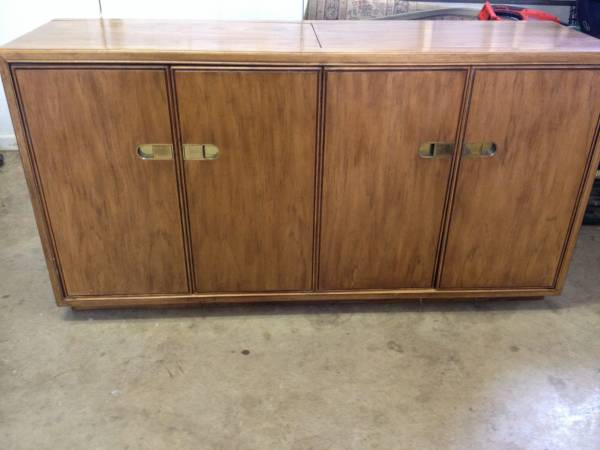 Buffet with Warmer     $150   This buffet has great modern lines. Use as is or paint it will a high gloss paint to modernize it even more.    View on Craigslist
