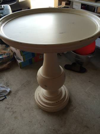 Painted Side Table     $100     View on Craigslist