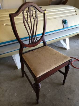 6 Shield Back Chairs     $75     View on Craigslist