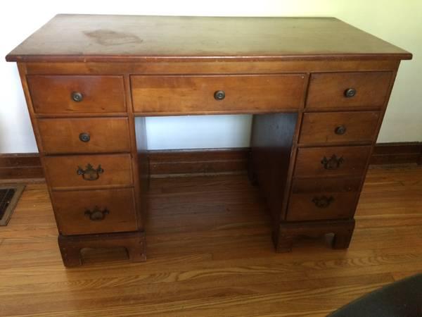 Antique Desk     $50     View on Craigslist